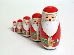 680254-santa-claus-russian-dolls