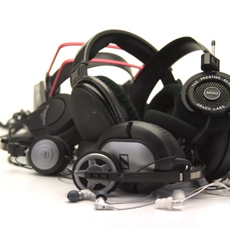 2007_07_17 10 headphones.jpg